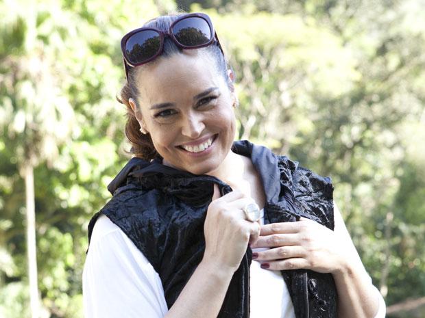 Suzy Rêgo está se divertindo com a personagem (Foto: TV Globo/Felipe Monteiro)