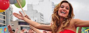 Stéfany vence reality show e conquista tudo o que queria: fama e dinheiro (Ti-ti-ti/ TV Globo)