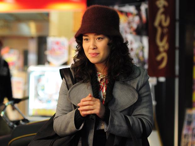 Keiko deixa o Japão para se casar com Akira em Preciosa