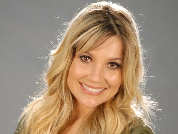Flávia Alessandra recebeu o convite para trabalhar na novela quando estava com oito meses de gravidez