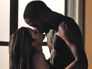 Daniela beija André