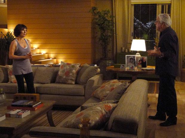 Wanda e Raul discutem