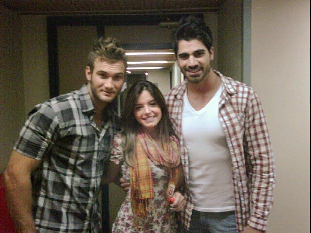 Giovanna postou foto ao lado do ex-participantes do BBB 11