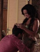 Janaína descobre que está grávida (Araguaia/TV Globo)