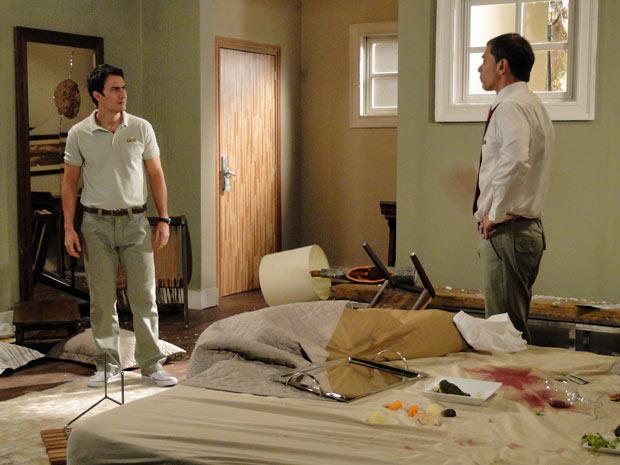 Nicolas diz que Léo deve dar jeito naquele caos