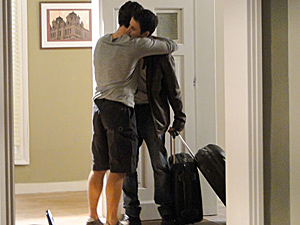Léo recebe Pedro