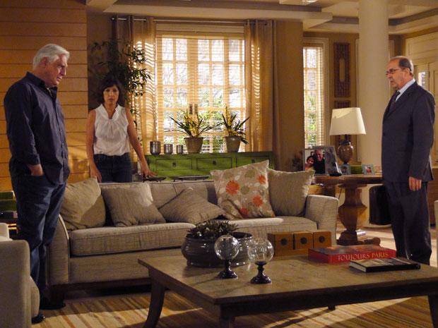 Raul e Wanda ficam arrasados quando Borges diz que ação custará R$300 mil