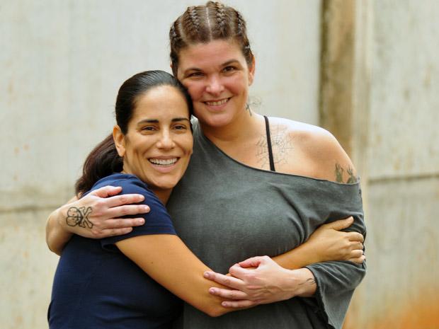 Cristiana Oliveira e a colega de cena Glória Pires