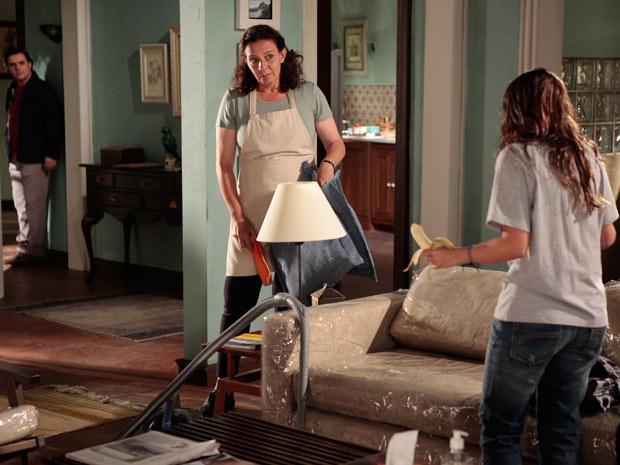 Kléber descobre que Daisy está trabalhando a noite
