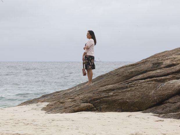 Glória Pires garava cena na praia