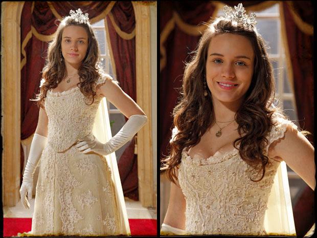 Açucena vestida como a Princesa Aurora