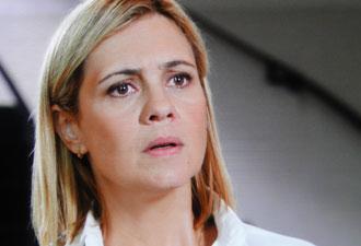Júlia se espana com ameaça da primeira-dama