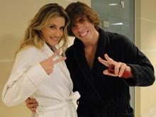 Mau Mau grava cena com Deborah Secco (Insensato Coração/ TV Globo)
