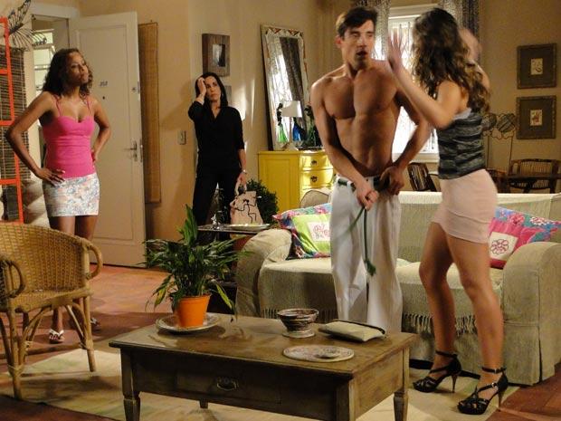 Fabíola expulsa Diogão de seu apartamento e Norma fica com a vaga dele