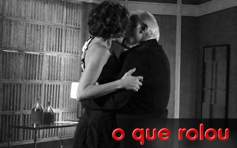 Beijo de Carol e Raul repercute entre os internautas (Insensato Coração/ TV Globo)