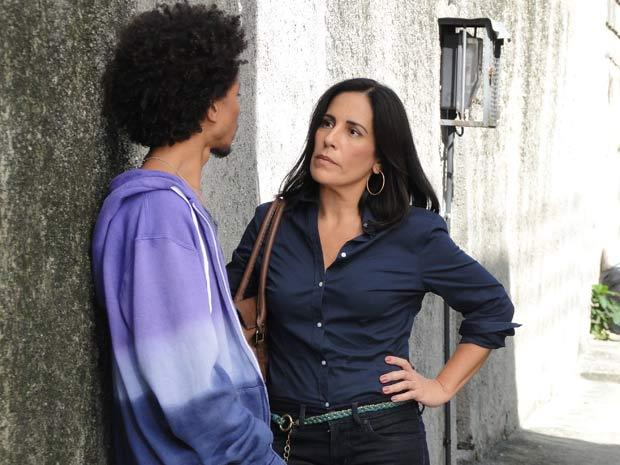 Norma fala com traficante