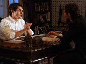Tiago se aconselha com o padre Francsico