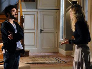 Leandro aceita proposta de Naomi