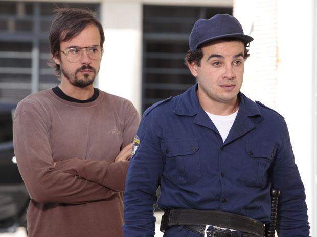 Cristiano busca Xavier para ele dar seu testemunho