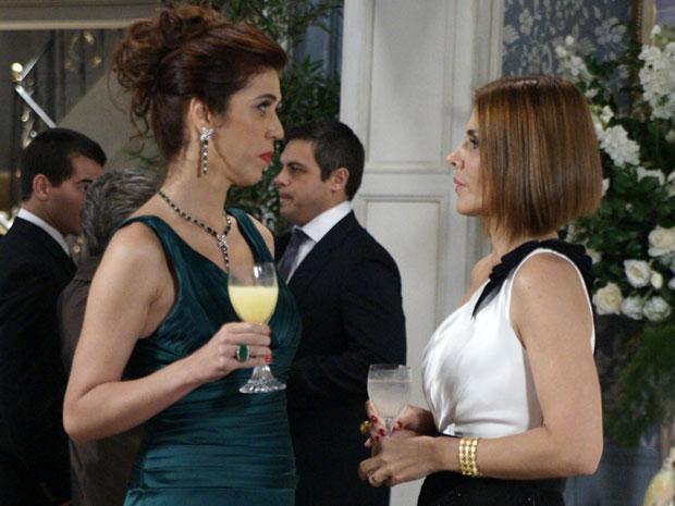 Bibi choca Gilda com sua confissão