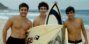 Meninos mostram que so feras no surfe!  (Malhao / TV Globo)
