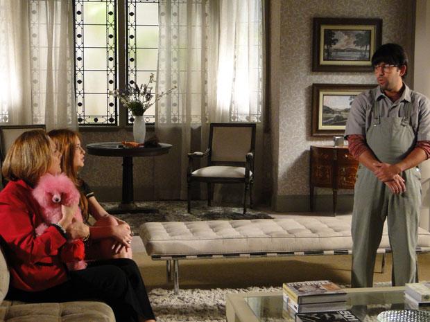 Efraim dedura Guilherme para Minerva e Alice (Foto: Morde & Assopra / TV Globo)