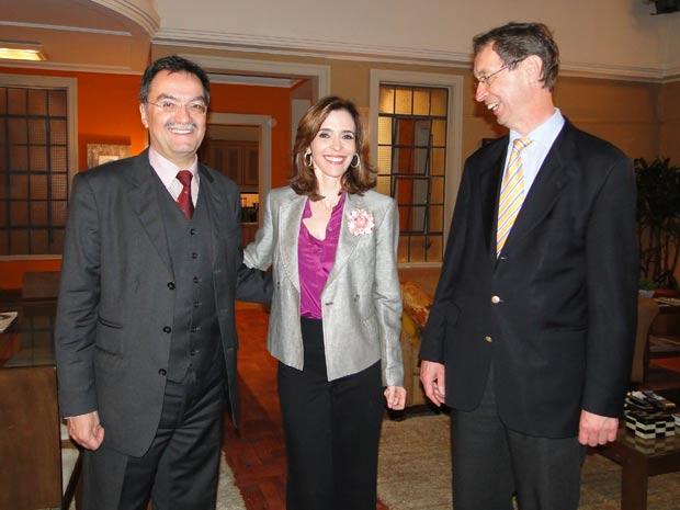 Descontraídos (Foto: Insensato Coração / TV Globo)