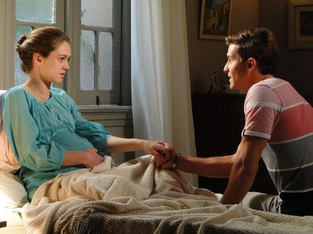 Guilherme promete para Márcia que vai ser um bom pai (Foto: Morde&Assopra/TVGlobo)