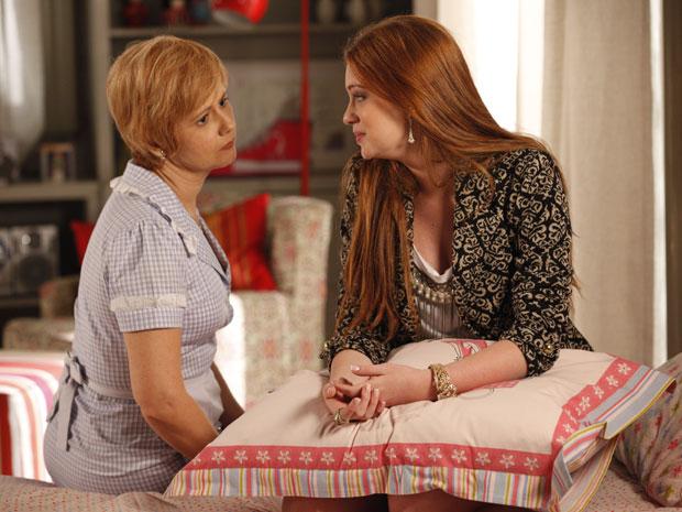 Alice questiona Lilian (Foto: Morde&Assopra/TVGlobo)