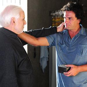 Herculano (Rodrigo Lombardi) conhece Ferragus (Francisco Cuoco) na cadeia (Foto: O Astro/TV Globo)