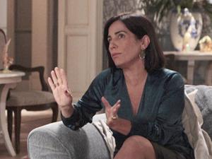Norma enrola o detetive (Foto: Insensato Coração/TV Globo)