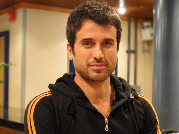 Eriberto Leão fala da nova fase de Pedro e classifica seu personagem como um herói (Foto: Insensato Coração / Tv Globo)