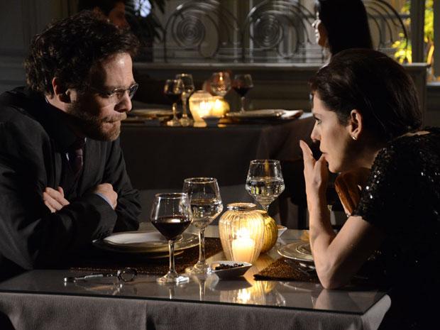 Virgínia termina com John e confessa que quer se casar com Isaías (Foto: Morde&Assopra/TVGlobo)