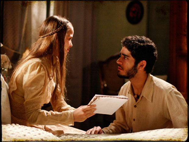 Antônia diz para Cícero que não vai fugir com ele (Foto: Cordel Encantado/Tv Globo)