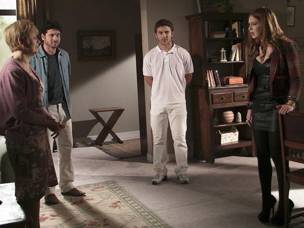 Magoada, Alice diz que foi vendida pelos pais biológicos (Foto: Morde & Assopra / TV Globo)