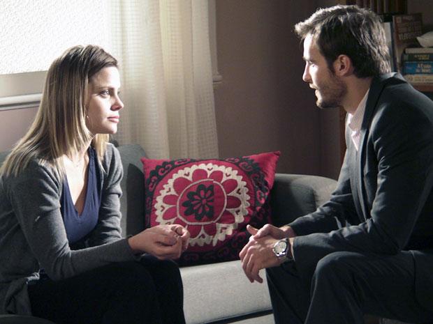Wilson admite estar interessado em Melissa e pede uma chance (Foto: Morde & Assopra / TV Globo)