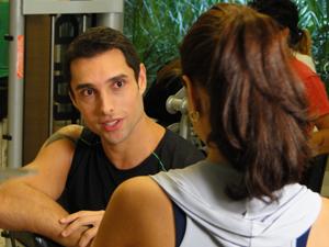 William quer sua chance, com Beto fora do páreo (Foto: Insensato Coração/TV Globo)