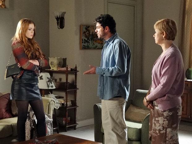 Moisés explica a Lilian que ela precisa se acostumar com nova realidade (Foto: Morde & Assopra/TV Globo)
