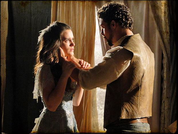 Jesuíno propõe que eles namorem em segredo (Foto: Cordel Encantado/Tv Globo)