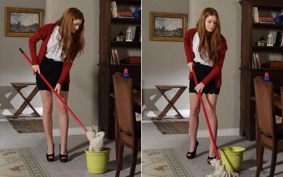 A moça é tão chique que mantém o look impecável até na hora de lavar o chão!