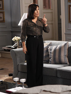 Norma quer tirar Marina e Pedro do caminho (Foto: Insensato Coração/ TV Globo)
