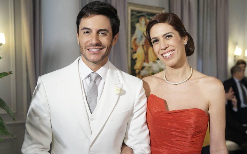 A elegância dos noivos que, finalmente, se casam