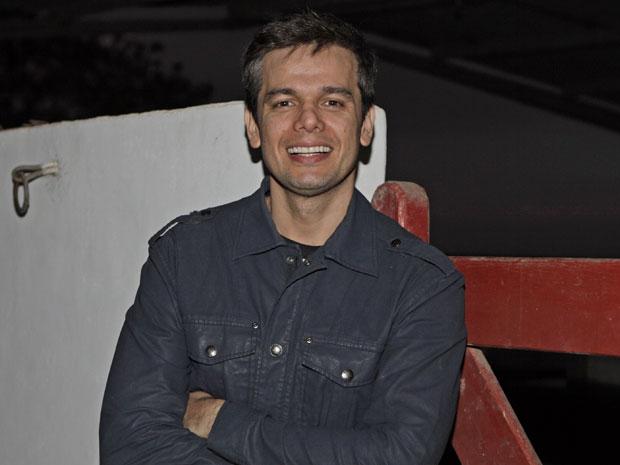 Otaviano Costa leva o bom-humor como uma filosofia de vida (Foto: Morde & Assopra/TV Globo)