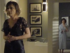 Wanda se revolta com as acusações contra Léo (Foto: Insensato Coração / Tv Globo)