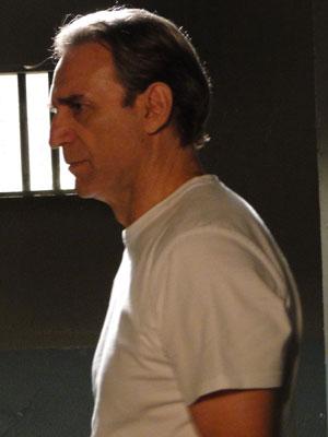 Cortez fica arrasado (Foto: Insensato Coração / Tv Globo)