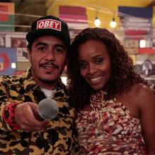 Marcelo D2 divertiu o elenco em show no Bar do Gabino (insensatocoração/tvglobo)