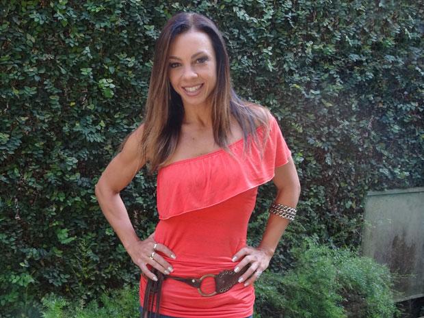 Carla Marins comenta boa forma (Foto: Morde&Assopra/TVGlobo)