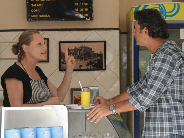 Minerva aconselha Abner a processar Isaías (Foto: Morde&Assopra/TVGlobo)