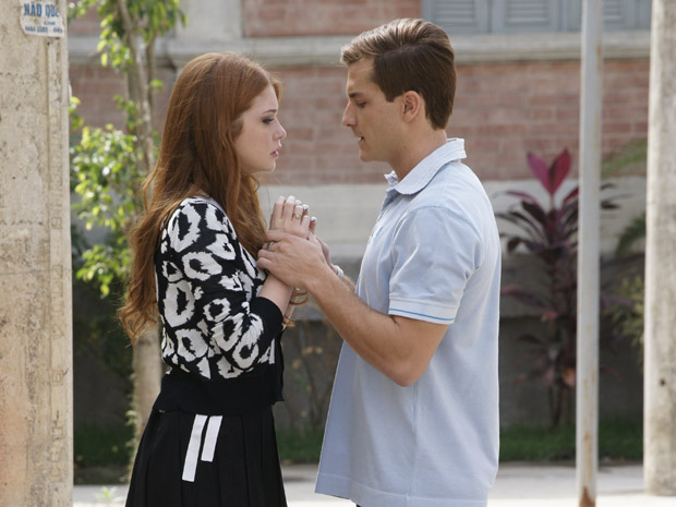 Guilherme diz para Alice que ela foi seu grande amor (Foto: Morde&Assopra/TVGlobo)