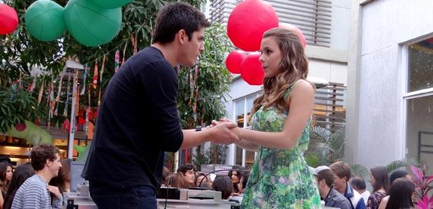 Catarina e Pedro têm o esperado final feliz! Reveja o último capítulo (Malhação / TV Globo)